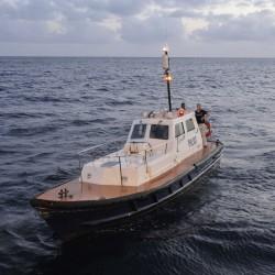 <b>Pilot boat, Bridgetown, Barbados</b> | Kamera: NIKON D700 | Brennweite: 34mm | Blende: ƒ/5.6 | Verschlusszeit: 1/25s | ISO: 1600