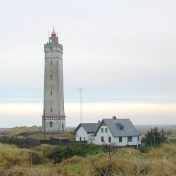 <b>Blåvandshuk Fyr, Denmark, 55° 33′ 28,1″ N, 8° 4′ 59,7″ O</b> | Kamera: E990 | Brennweite: 10.7mm | Blende: ƒ/3.8 | Verschlusszeit: 1/125s | ISO: 100