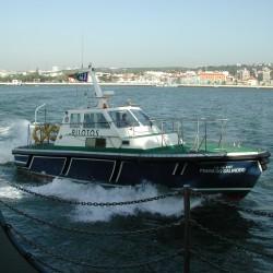 <b>Pilot boat, Lisbon</b> | Kamera: E990 | Brennweite: 8.2mm | Blende: ƒ/7 | Verschlusszeit: 1/270s | ISO: 100