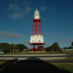<b>Cape Jaffa lighthouse in Kingston, Australia</b> | Kamera: NIKON D70s | Brennweite: 18mm | Blende: ƒ/4.5 | Verschlusszeit: 1/4000s |