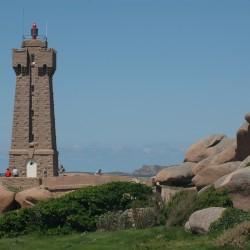 <b>Phare du Men-Ruz, Ploumanac'h, Brittany, France</b> | Kamera: NIKON D70s | Brennweite: 70mm | Blende: ƒ/9 | Verschlusszeit: 1/500s |
