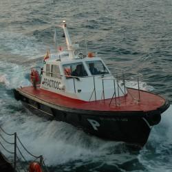 <b>Pilot boat, Vigo</b> | Kamera: NIKON D70s | Brennweite: 44mm | Blende: ƒ/5.6 | Verschlusszeit: 1/80s |