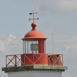 <b>Phare Point d'Agon, Coutainville</b> | Kamera: NIKON D700 | Brennweite: 500mm | Blende: ƒ/29 | Verschlusszeit: 1/160s | ISO: 400