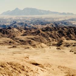 <b>Namib Naukluft National Park</b> | Kamera: NIKON D700 |  |  | Verschlusszeit: 1/60s | ISO: 200