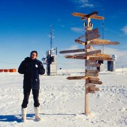<b>Goetz at Georg-von-Neumeyer-Station, Antarctica</b> | Kamera: NIKON D700 |  |  | Verschlusszeit: 1/50s | ISO: 200