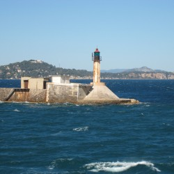 <b>Toulon, France</b> | Kamera: Canon DIGITAL IXUS 850 IS | Brennweite: 17.3mm | Blende: ƒ/5.8 | Verschlusszeit: 1/640s |