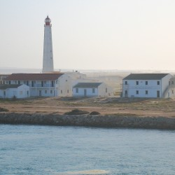 <b>Farol Santa Maria/Cabo de Santa Maria (approach Faro)</b> | Kamera: Canon DIGITAL IXUS 850 IS | Brennweite: 17.3mm | Blende: ƒ/14 | Verschlusszeit: 1/200s |