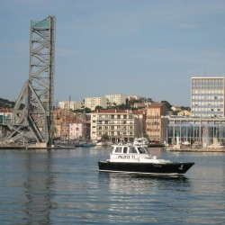 <b>Pilot boat, Toulon</b> | Kamera: Canon DIGITAL IXUS 850 IS | Brennweite: 14.694mm | Blende: ƒ/5.6 | Verschlusszeit: 1/1000s |