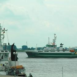 <b>Celtic Explorer in Bremerhaven</b> | Kamera: NIKON D70s | Brennweite: 70mm | Blende: ƒ/13 | Verschlusszeit: 1/500s |