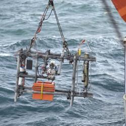 <b>ParCa underwater particle camera system</b> | Kamera: NIKON D700 | Brennweite: 135mm | Blende: ƒ/4.8 | Verschlusszeit: 1/125s | ISO: 200