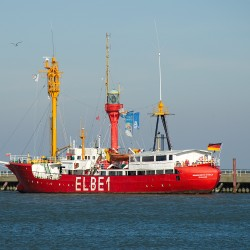 "<b>Light vessel ""Elbe 1"", Cuxhaven</b> | Kamera: NIKON D700 | Brennweite: 200mm | Blende: ƒ/7.1 | Verschlusszeit: 1/1250s | ISO: 200"