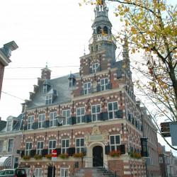 <b>Rathaus Franeker</b> | Kamera: NIKON D70s | Brennweite: 28mm | Blende: ƒ/8 | Verschlusszeit: 1/200s |