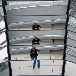 <b>Bundestag, Berlin</b> | Kamera: NIKON D700 | Brennweite: 100mm | Blende: ƒ/7.1 | Verschlusszeit: 1/1000s | ISO: 1600