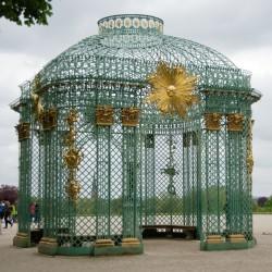 <b>Sanssouci, Potsdam</b> | Kamera: NIKON D700 | Brennweite: 50mm | Blende: ƒ/4.5 | Verschlusszeit: 1/640s | ISO: 200