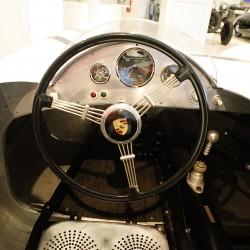 <b>Porsche 718/2</b> | Kamera: NIKON D700 | Brennweite: 24mm | Blende: ƒ/6.3 | Verschlusszeit: 1/15s | ISO: 1600