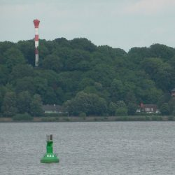 <b>Leuchtturm Oberfeuer Blankenese</b> | Kamera: DMC-TZ41 | Brennweite: 65mm | Blende: ƒ/6.3 | Verschlusszeit: 1/1600s | ISO: 400